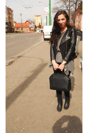 H&M jacket - Stradivarius boots - H&M bag - H&M pants - Milla blouse