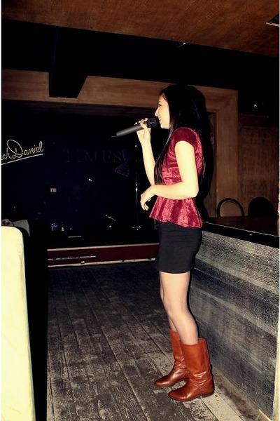 boots - skirt - top