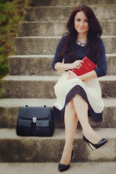 black Zara heels - black pieces bag - cream vintage skirt - black Zara blouse