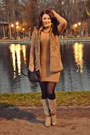 Tan-stradivarius-boots-camel-zara-dress-black-zara-bag
