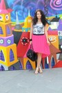 Black-pieces-bag-hot-pink-vero-moda-skirt-white-terranova-top