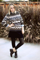 brown Lands End Canvas sweater - navy Lands End Canvas skirt - blue Ralph Lauren