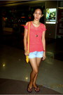 Yellow-nine-west-bag-sky-blue-denim-shorts-gap-shorts