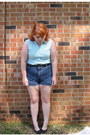 Light-blue-striped-blouse-shorts-black-belt-black-flats