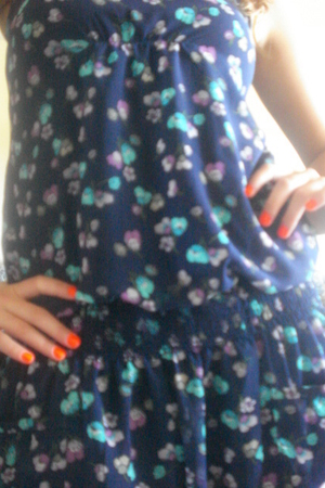 American Eagle dress - Claires accessories