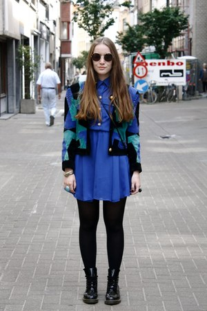 aquamarine H&amp;M ring - black Dr Martens boots - blue Primark dress