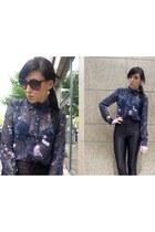 galaxy print Boohoo blouse - pink D&G sunglasses