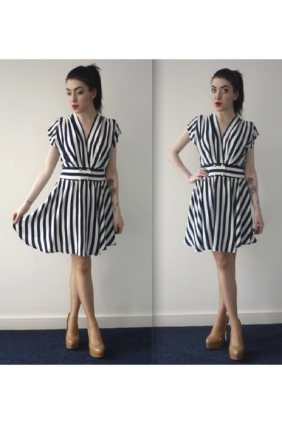 striped Motel Rocks dress - nude new look heels