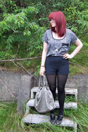 black Forever21 shorts - black lycra tights - silver bag