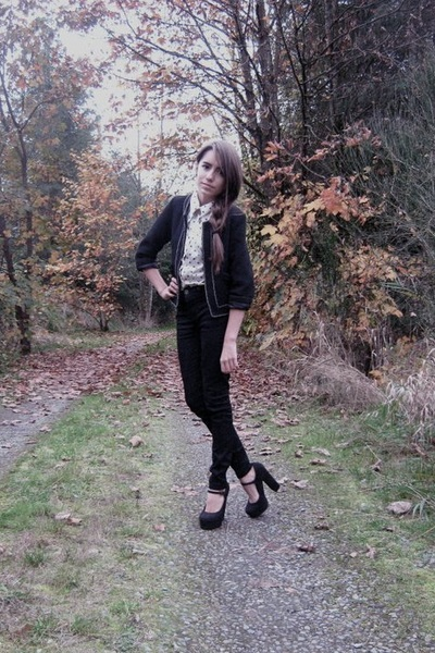 pull&bear jacket - vintage blouse - Urban Outfitters jeans - Forever 21 shoes
