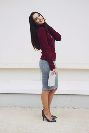 heather gray wool Pandemonium skirt - maroon knit BluGaya sweater