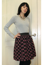 maroon DIY skirt - silver knitted no name sweater - gold no name necklace