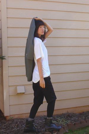 vintage blazer - American Apparel t-shirt - forever 21 shorts - forever 21 - Mar