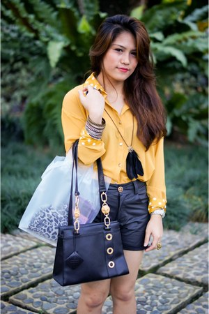 shirt - vintage leather Carlo Rino bag - faux leather posh shorts