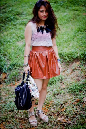 Blogshoppers skirt - Charles &amp; Keith bag - feathers DIY necklace - Cosmic blouse