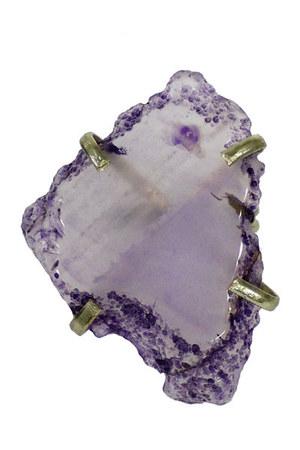 lila quartz ring