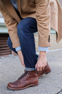 Brown-boots-red-wing-boots-camel-camel-tallia-orange-coat
