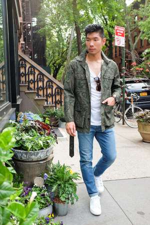 dark green paisley Bonobos jacket - blue Uniqlo jeans - white H&M shirt
