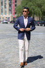 Light-brown-suede-allen-edmonds-shoes-navy-gingham-brooks-brothers-blazer