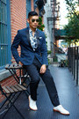 Off-white-cole-haan-shoes-blue-h-m-shirt-gold-ray-ban-sunglasses