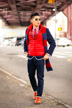 Uniqlo jacket - navy x target Tom Brown blazer - red stafford shirt