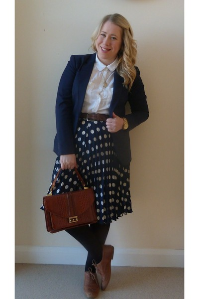navy spotty Absolute Vintage skirt - navy jersey H&M blazer - cream H&M shirt