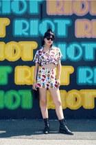 roper Justin boots - fruit print shorts - fruit print top