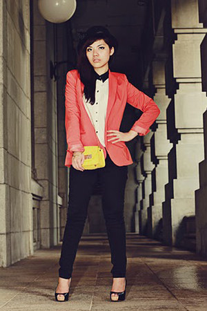 red Zara blazer - black Bershka jeans - black unbranded hat - yellow FEMMEX bag