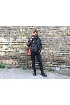 Dr Martens boots - Oasis jacket - Zara pants - Naketano hoodie