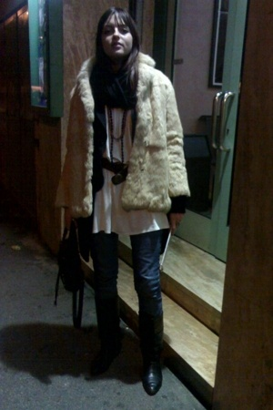 vintage fur coat - vintage belt - vintage shoes - Topshop jeans