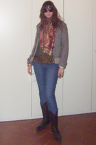 blazer - scarf - jeans - shoes