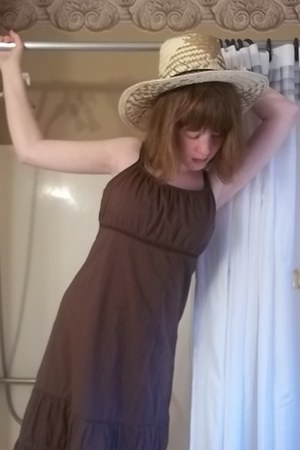 dark brown maxi dress xhilaration dress - light yellow cowboy sears hat - tawny