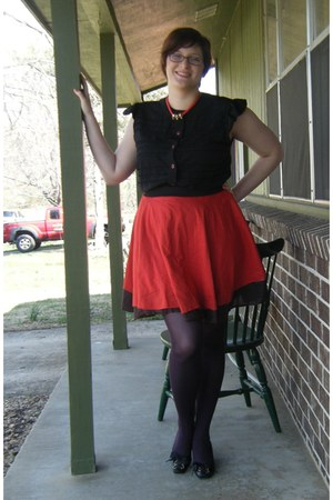 black thrifted Nine West wedges - puce Target tights