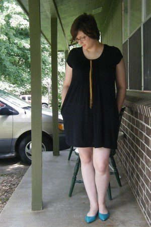 black thrifted DKNY dress - gold DIY necklace