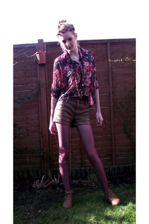 faux leather Newlook shorts - faux leather Dorothy Perkins boots
