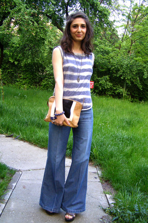 navy Miss Sixty jeans - bronze mandarina duck bag - violet Levis t-shirt - dark