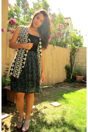 crochet thrifted vest - floral Forever 21 skirt - charles&keith wedges