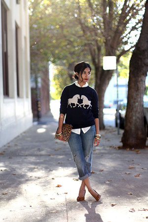 horsing around J Crew sweatshirt - boyfriend Current Elliott jeans