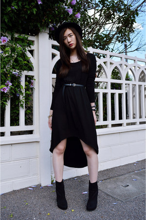 black Nastyga boots - black Forever 21 dress - black zipia belt