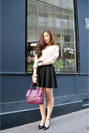 cream knit Sheinside sweater - black wool zipia skirt