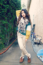 teal color-blocked sweater - dark brown pom-pom scarf - beige khaki H&M pants