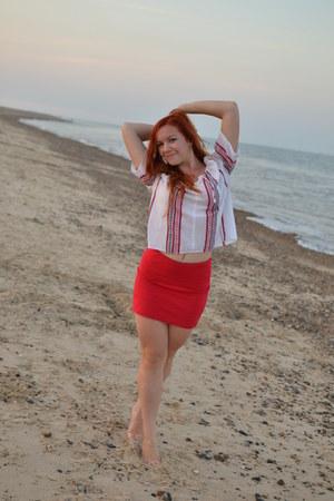 Bershka skirt - vintage shirt