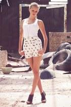 white Zara shorts - white H&M top - black Super Street Shoes heels