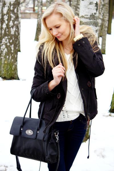 black Seppälä bag - black H&M coat - navy Zara jeans - white Pimkie sweater
