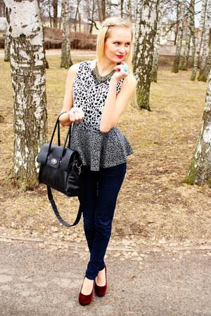 gray Bik Bok top - black New Yorker jeans - black Seppälä bag