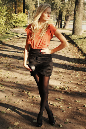 black H&amp;M skirt - black H&amp;M tights - black Mango bag - black Deichmann heels