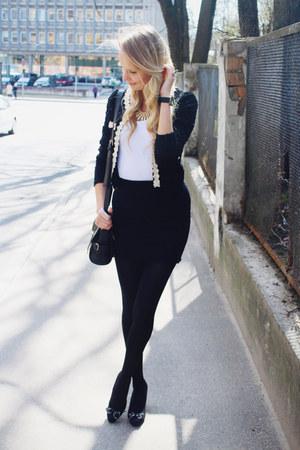 black ARAFEEL jacket - black Rosewholesale bag - cream Rosewholesale necklace