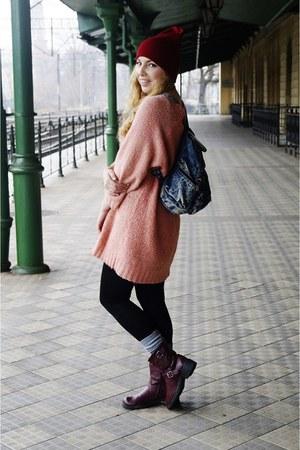 bubble gum sweater