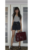 t-shirt - Wet Seal shorts - Charles & Keith purse - Nine West shoes