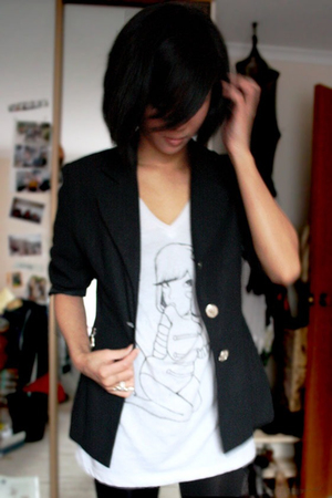 blazer - t-shirt - Mink Pink leggings